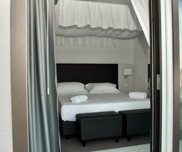 Hotel Boutique Castiglione Suite Superior 11