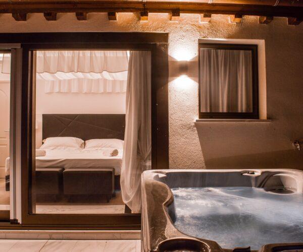 Hotel Boutique Castiglione Suite Superior 8